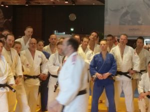 Mark Vaandering volgt clinic Neil Adams