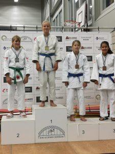 Linde Hanstede kampioen in Nijmegen