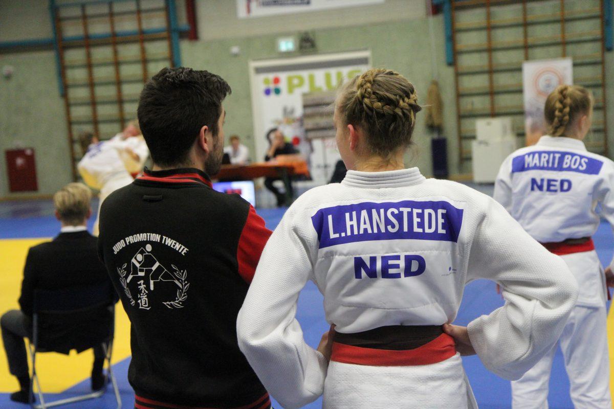 Linde Hanstede met coach Martin Evenberg