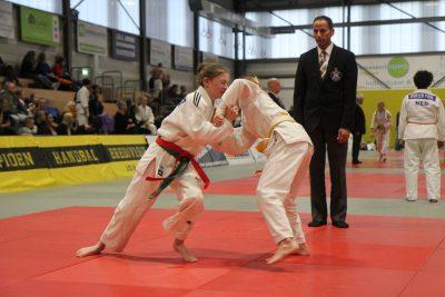 Hanneke Plaggemars wint goud in Houten