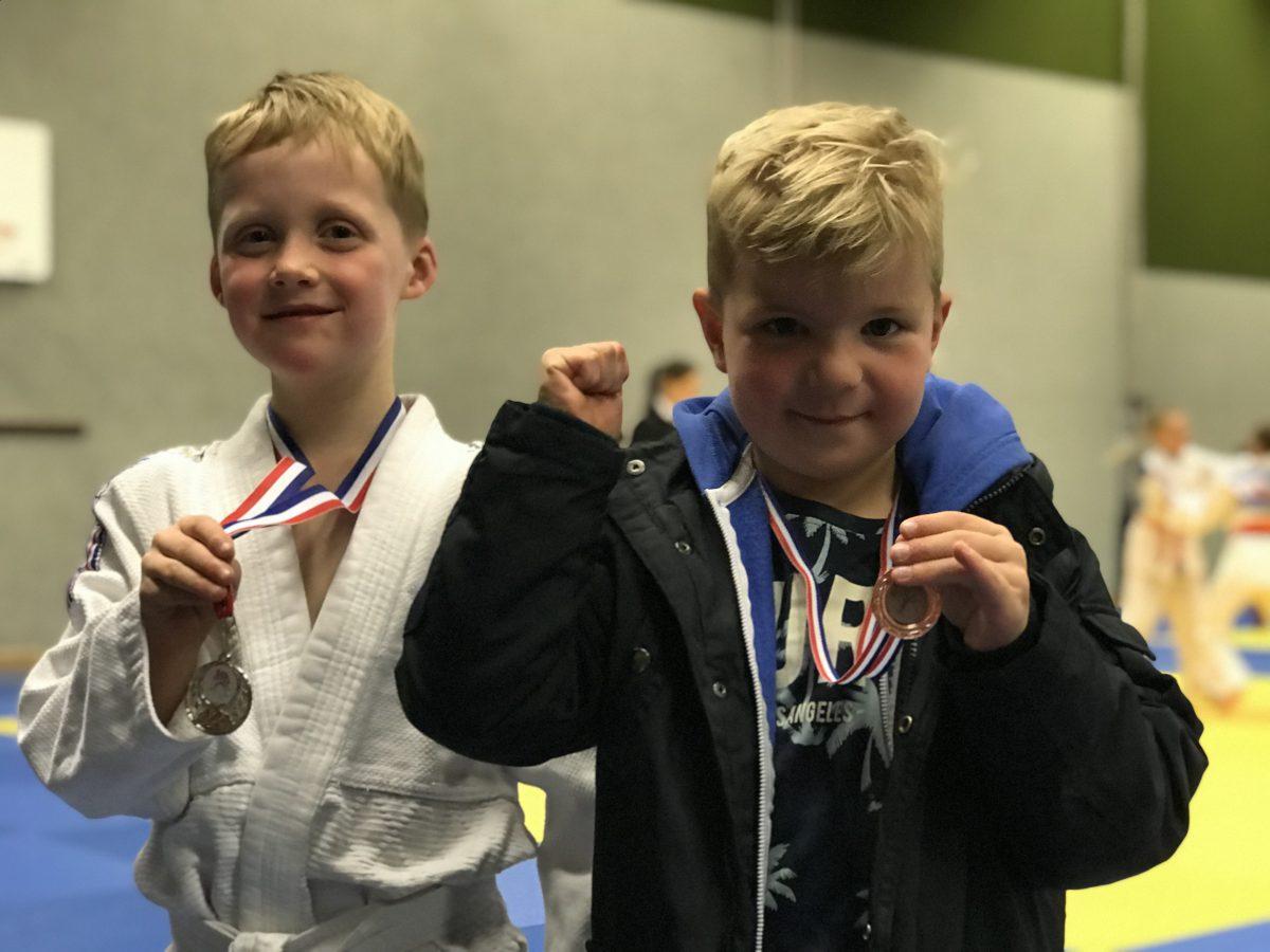 Tias Fikkert en Xavi Janssen supertrots