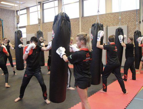Judoka's Judo Promotion Twente volgen bokstraining